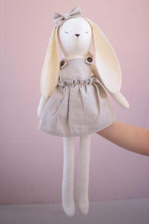 Mae the Heirloom Bunny