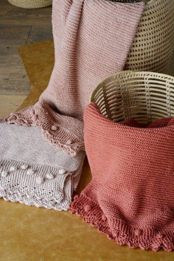 Bobble Lace Edge Blankets 02