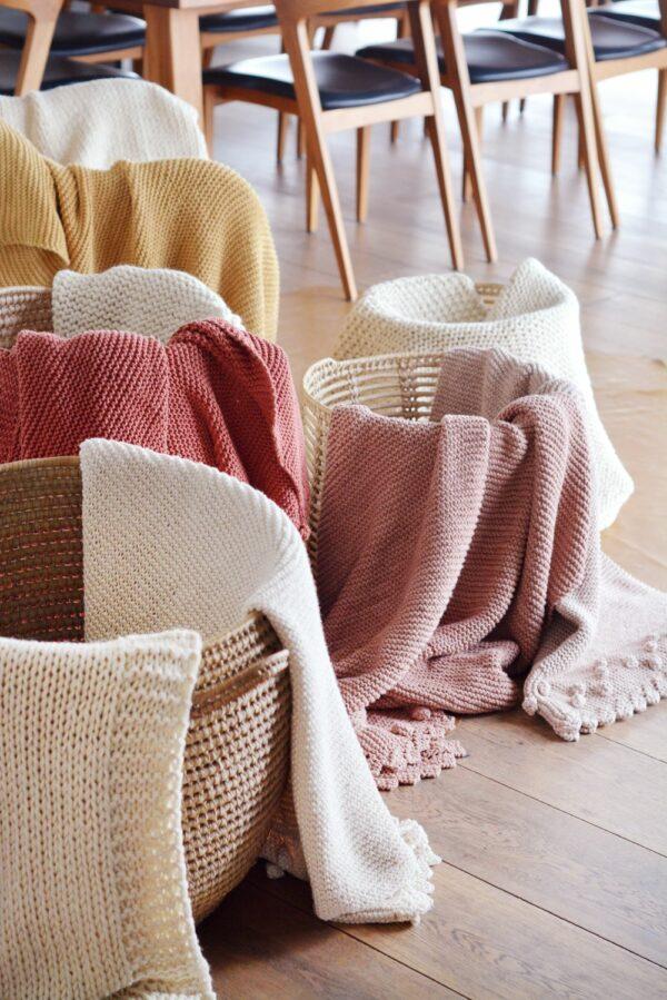 Bobble Lace Edge Blankets 08