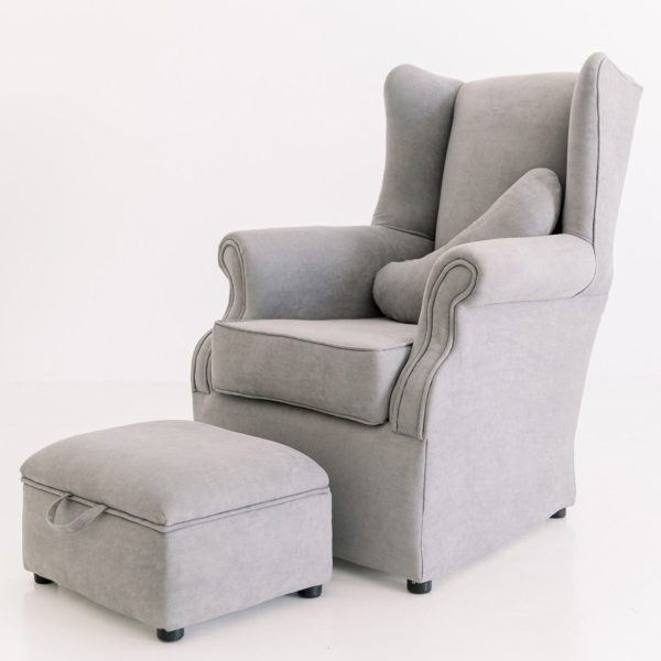 Classic Rocker with foot stool and feeding pillow